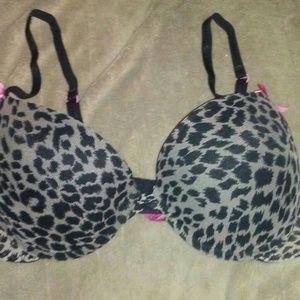Betsey Johnson Intimates & Sleepwear - Betsey Johnson Leopard Print Push Up Bra 36 B